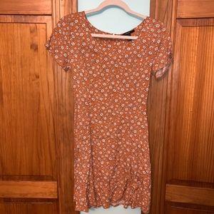 FOREVER 21 Orange Floral Print T-Shirt Dress S